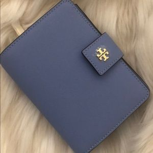 Tory Burch Emerson French Wallet